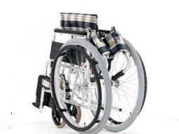 車椅子の背折りたたみ