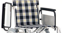 車椅子のひじ掛けはねあげ式