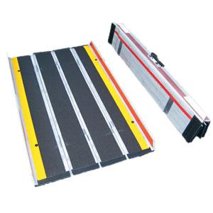折りたたみ式超軽量屋外携帯用スロープ デクパックE.B.Lエッジ付き120cm 対応段差高さ:約10?30cm
