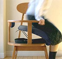 立ち上がり補助椅子(いす)