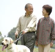 歩行・移動補助用品を使って、安全な歩行を。