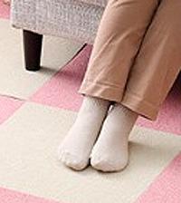 おくだけ防炎タイルマット 床暖房も対応