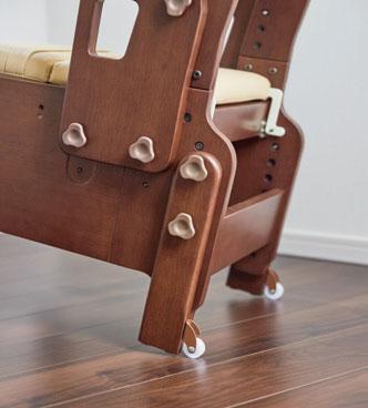 安寿 家具調スマートトイレNEOはねあげタイプ 家具調ポータブルトイレの説明