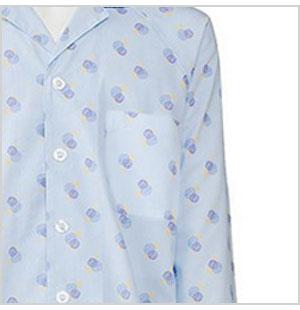 便利な胸ポケット