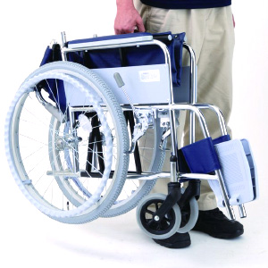 アルミ製自走・介助用車椅子 アミー
