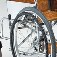前輪大車輪タイプ 自走用車椅子 ST-2の説明