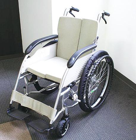 テイコブリトルホームF WAW18 馬蹄型屋内専用歩行車