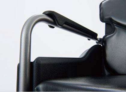 カワムラサイクル介助用車椅子 モダン多機能プラスCタイプ
