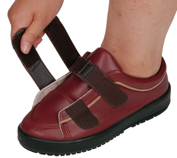 装具対応介護靴 Vステップ05 婦人用の履き口