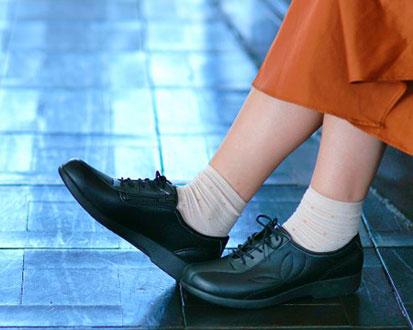 快歩主義L135 婦人用屋外介護靴 両足販売の説明