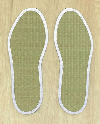 足さらっとインソールPRO 2足分セット(左右1組×2) い草とアレルプルーフProでW消臭